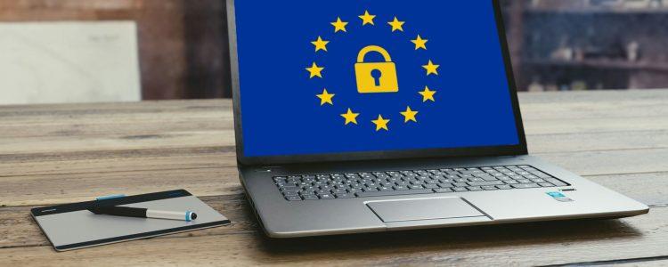 RGPD / GDPR et Microsoft (Image de mohamed_hassan sur Pixabay : https://pixabay.com/fr/europe-gdpr-des-données-vie-privée-3256079/)